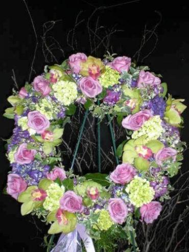 TRADITIONAL SYMPATHY WREATH